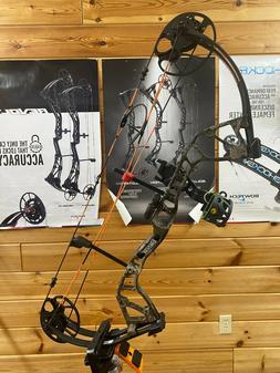Escalade Sports AV02A21095R Bear Archery Royale 5 50lb Veil