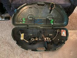 Compound Bow Bundle - Bear Outbreak Bow with Carrying Case +