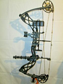 Left Hand Bowtech Carbon Icon Compound Bow 60# Black Package
