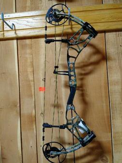"Bear Archery Moment RH 25-30"" DL 55-70# IBO 340 FPS"