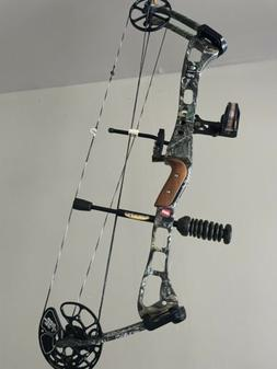 "PSE Mossy Oak Compound Bow, RH, 70 lb, 26""-31"" Draw"