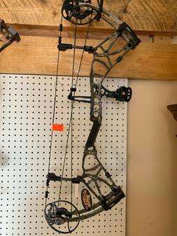 New Bear Archery Moment RH  Bow, and Trophy Ridge 3 pin fibe